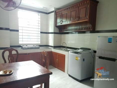 New Western Apartment 2Bed Unit $450-500/month *elevator Russian