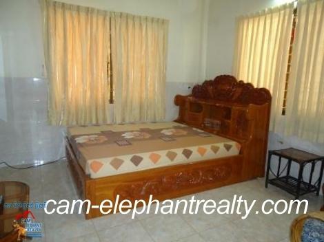 Nice Balcony Apartment near Sorya Mall for Rent,2bedroom