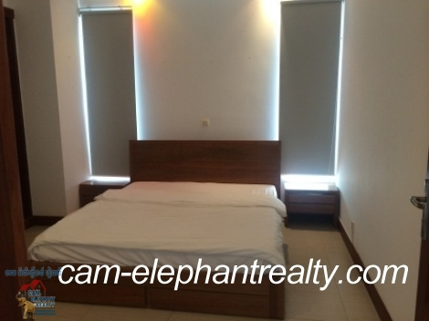 Gym Western Service Apt in Russian Market for Rent,1BR