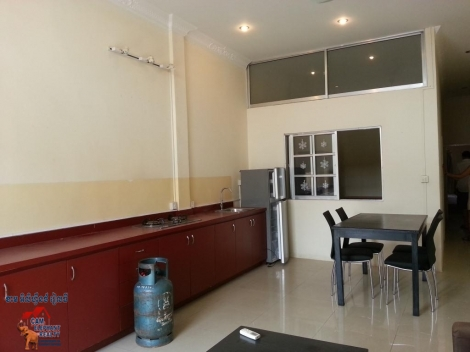 Western Apartment 2beds $400/month free wifi bkk3