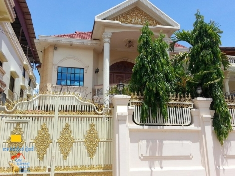 Good Location Western Villa 5beds $1600/month Russian Market