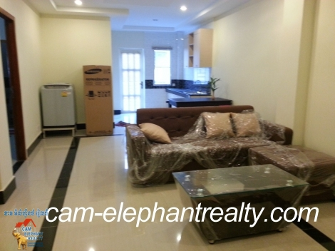 Brand New Western Apartment 2bed Unit $700/month Near Lucky market