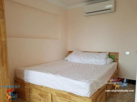 Western Apartment 1Bed Unit $250-280/month *elevatorToul Kork