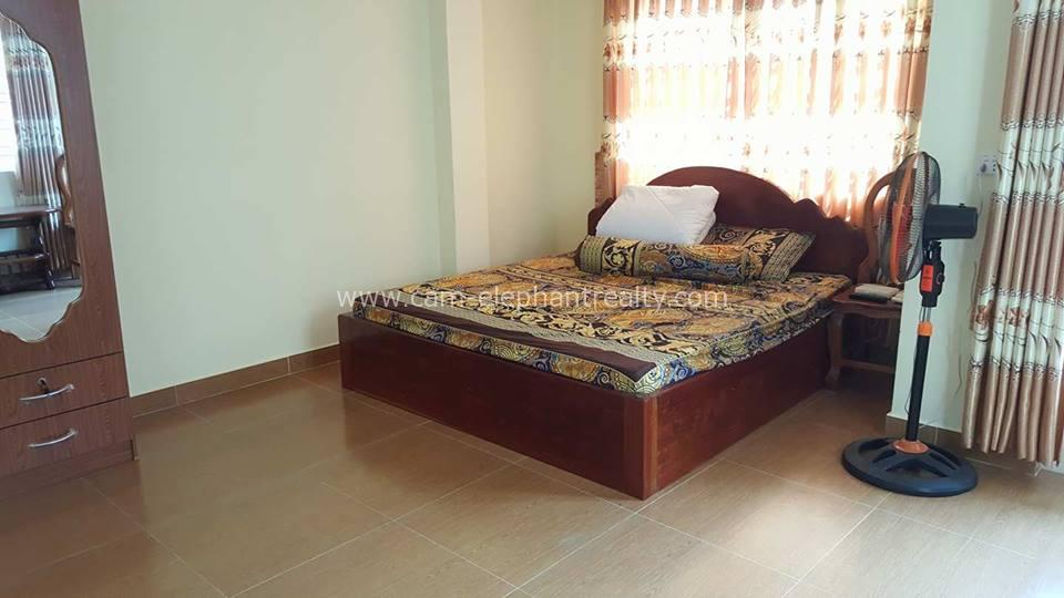 1 Bedroom $300,Phnom Penh Rental Apartment For Rent ,Riverside