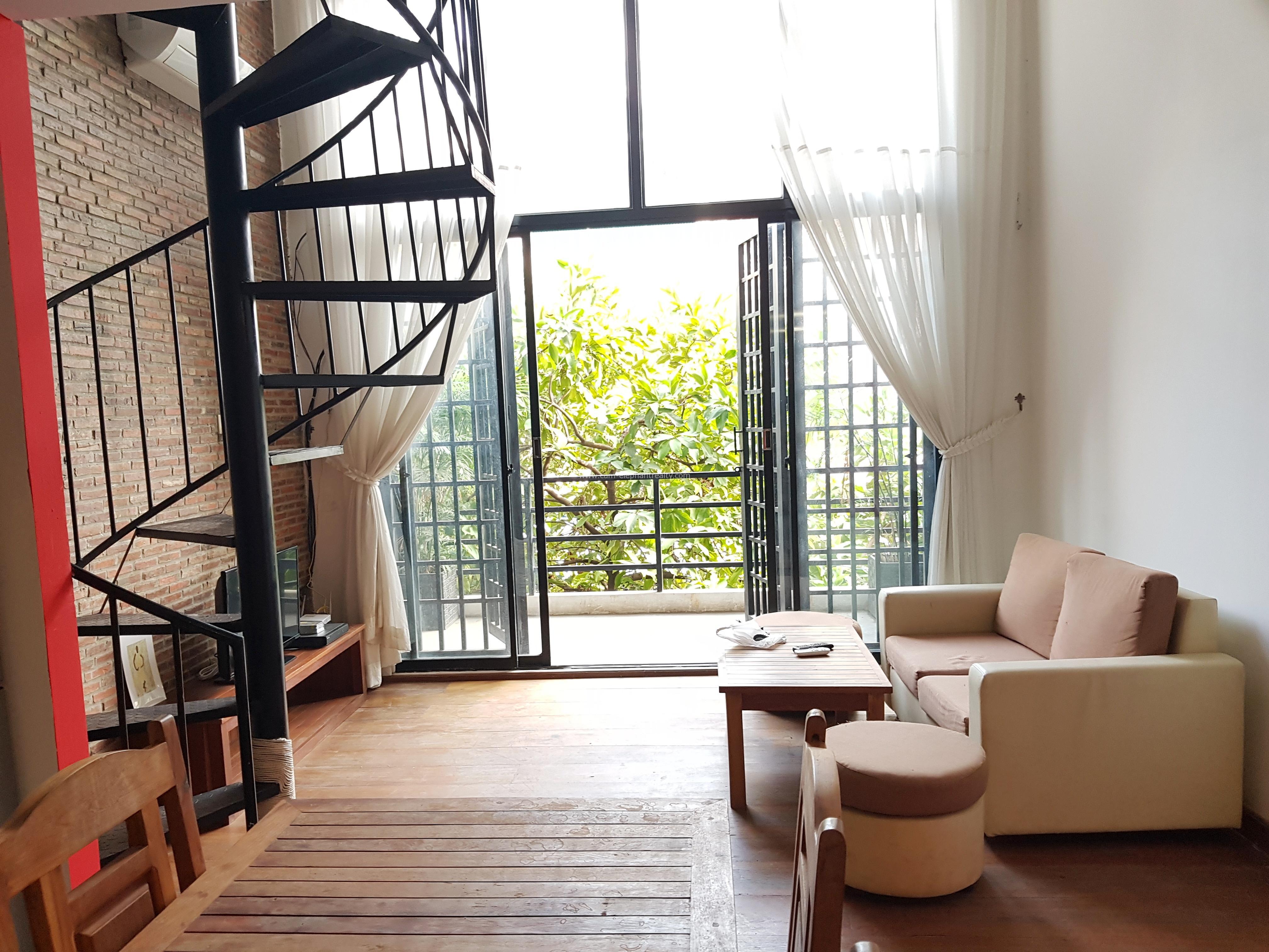 Beautiful Duplex Apartment 1Bedroom+2bathrooms Big balcony BKK2
