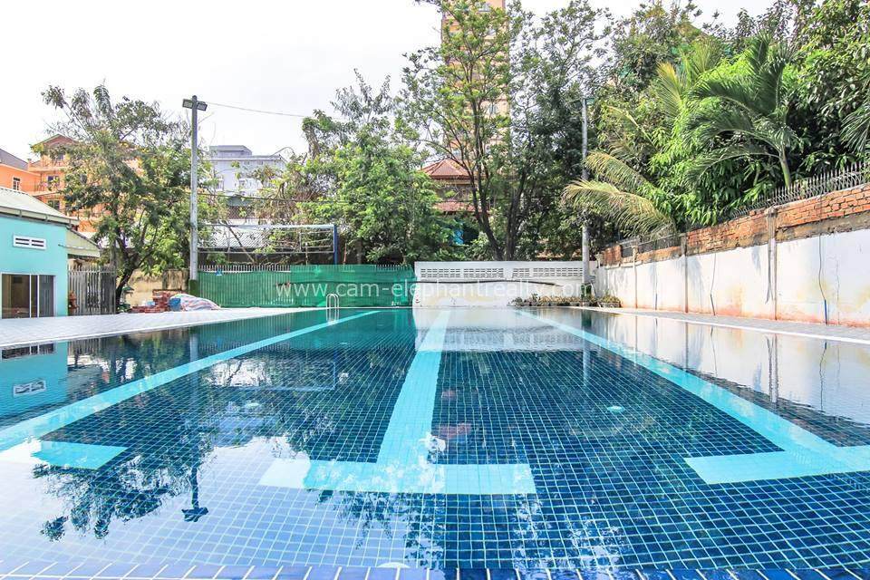 Pool Spacious Western Apartment 2bedrooms $800/month Russian Market