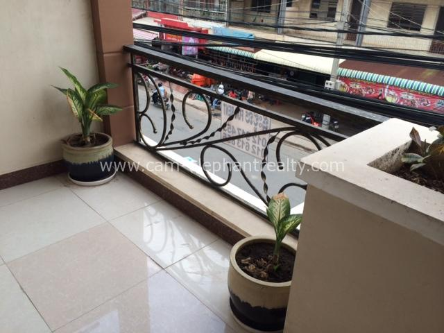 2 Bedrooms $350,Phnom Penh Apartment Rental,Russian Market