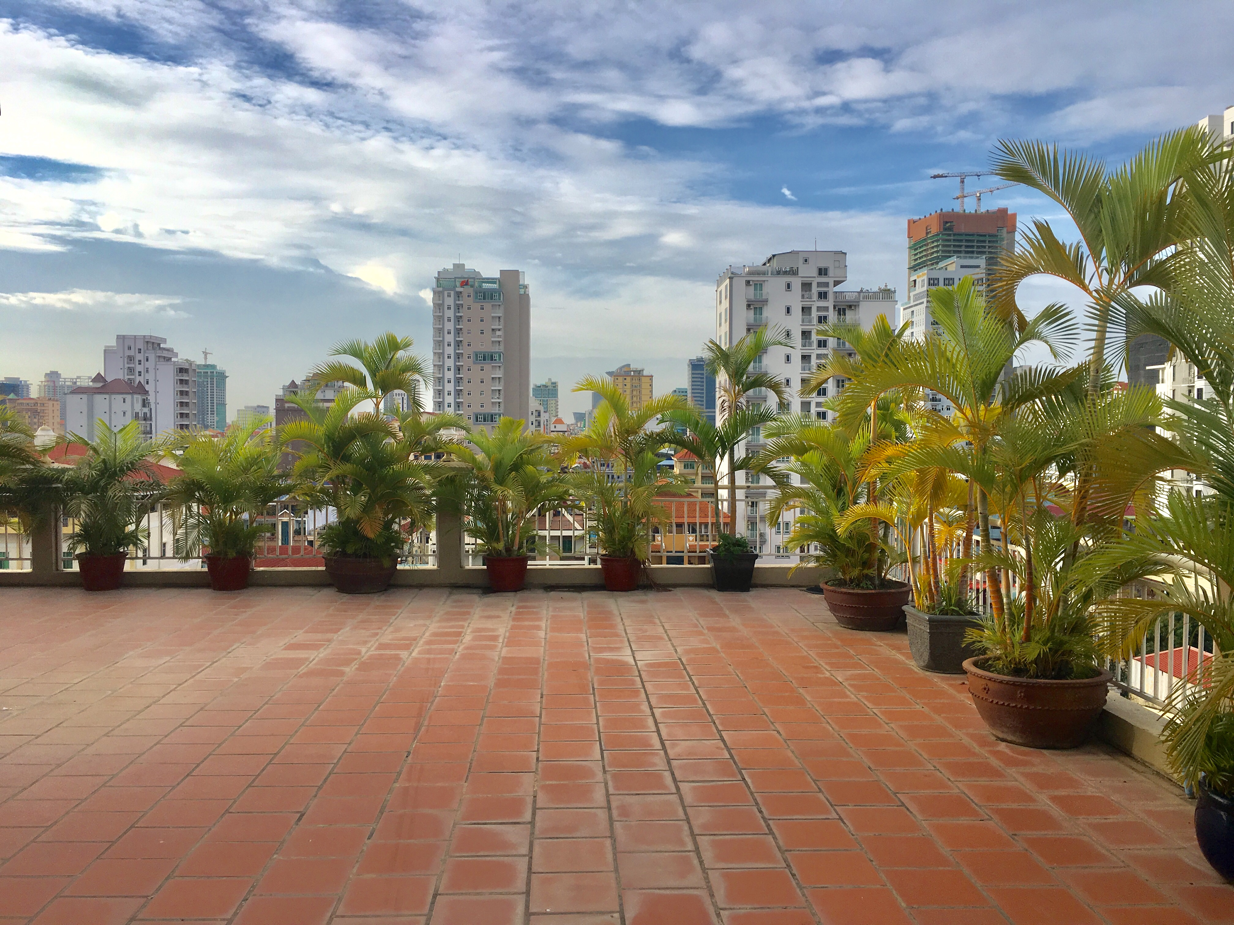 1 Bedroom $300,350 ,Nice Elevator Apartment For Rent,BKK3