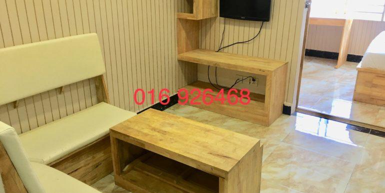 DD578984-307D-487D-9239-B679B5B61909