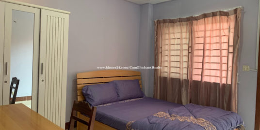 Western Apartment 1bedroom with balcony elevator near Boeng Trabek