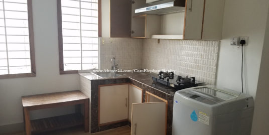 Nice Western Apartment 1Bedroom with balcony near Toul Sleng Museum BKK3
