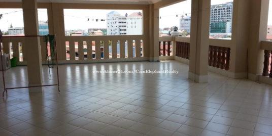 Nice terrace apartment 1bedroom Russian market