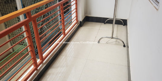 Clean Furnished Apartment 1Bedroom with balcony BKK3