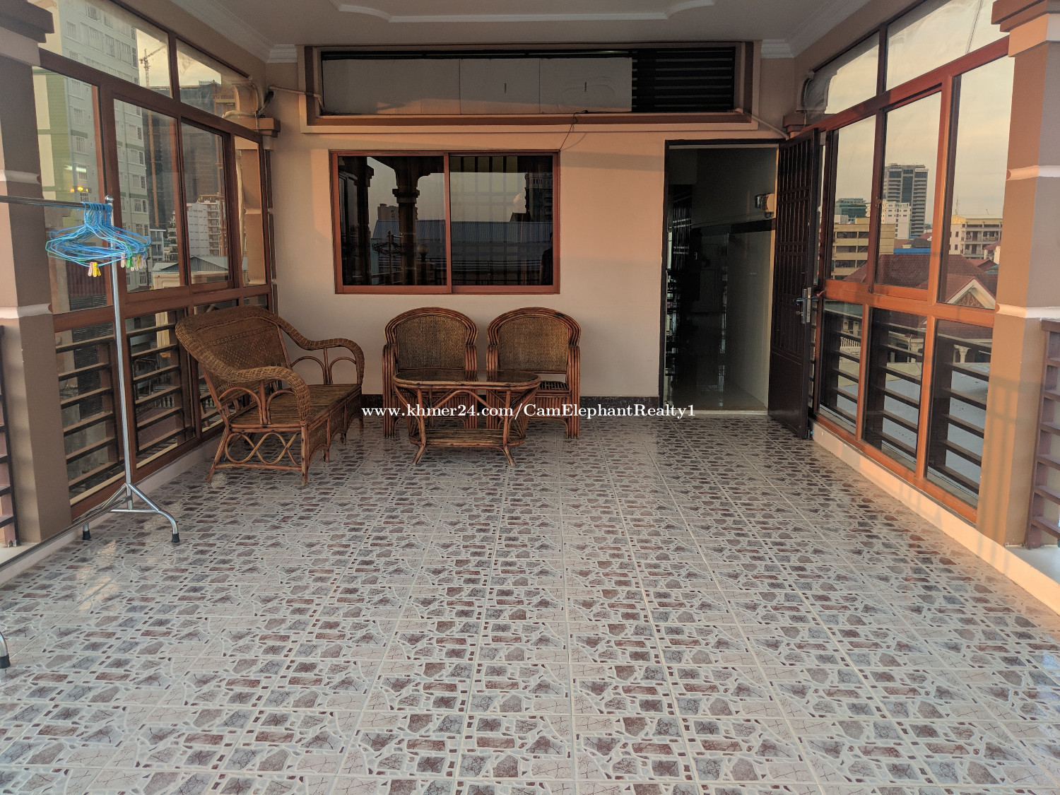 Terrace Western Apartment 1bedroom BKK2 near Monviong blvd $300