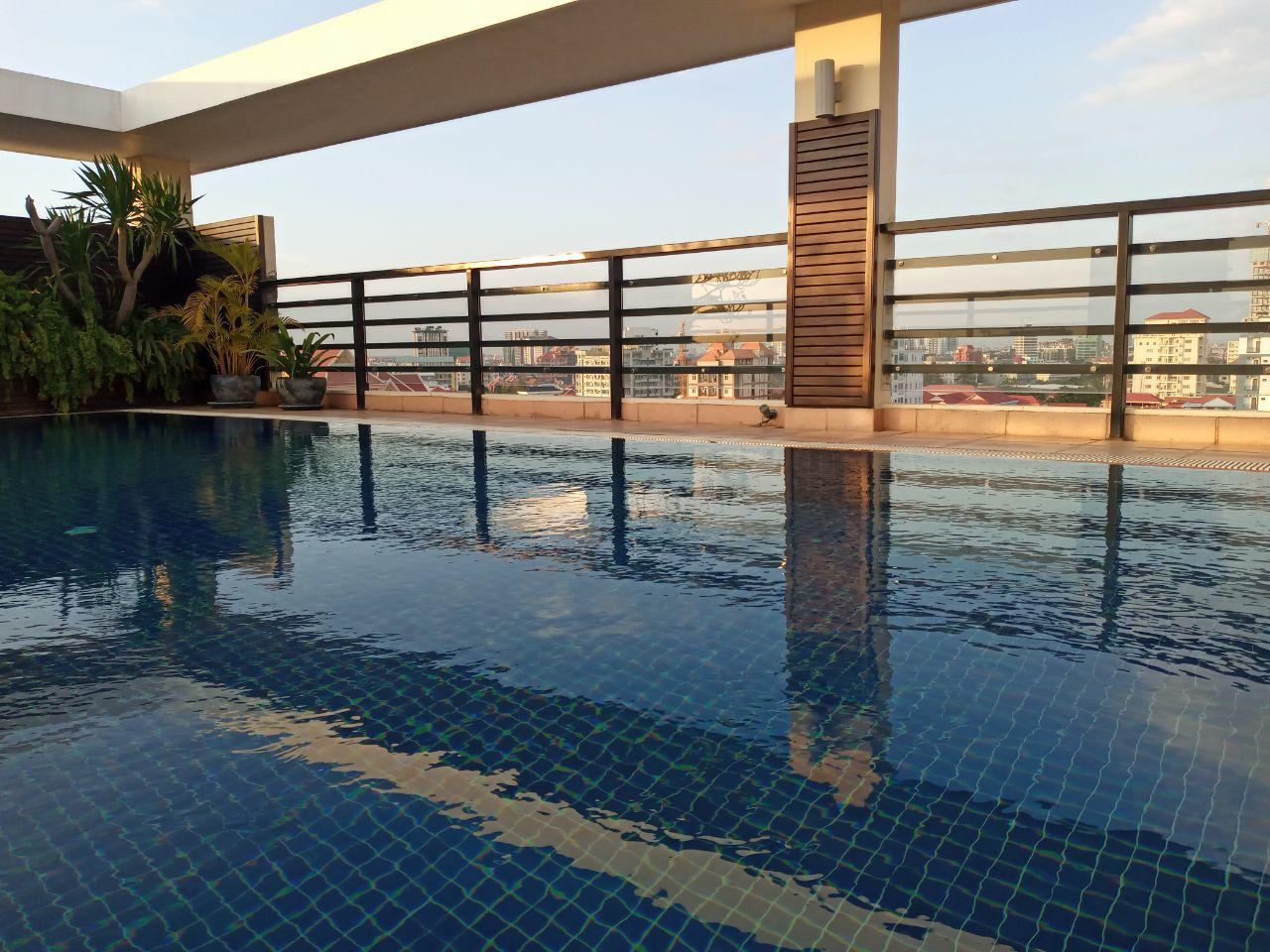 New!!!2 Bed 2 Bath Swimming Pool Gym Service Apartment for Rent, $1400