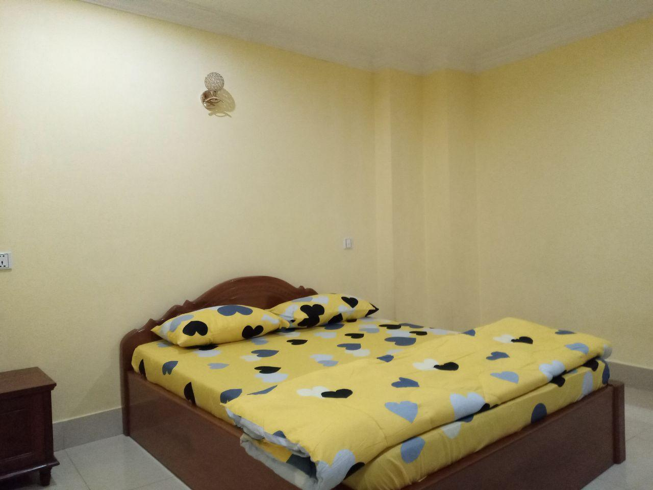 New!!!1 Bed 1 Bath Western Fully Furnished Apartment for Rent