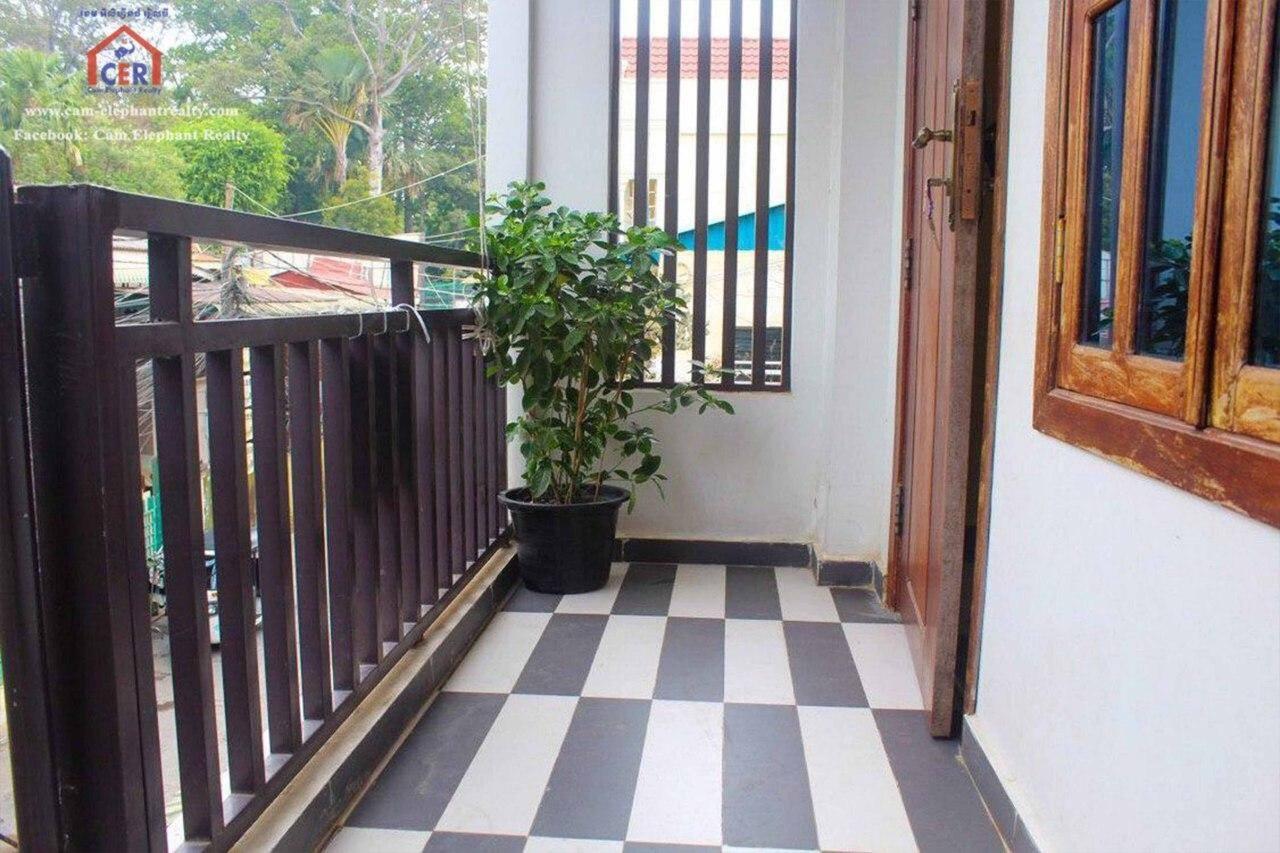 Doun Penh Apartment for Rent