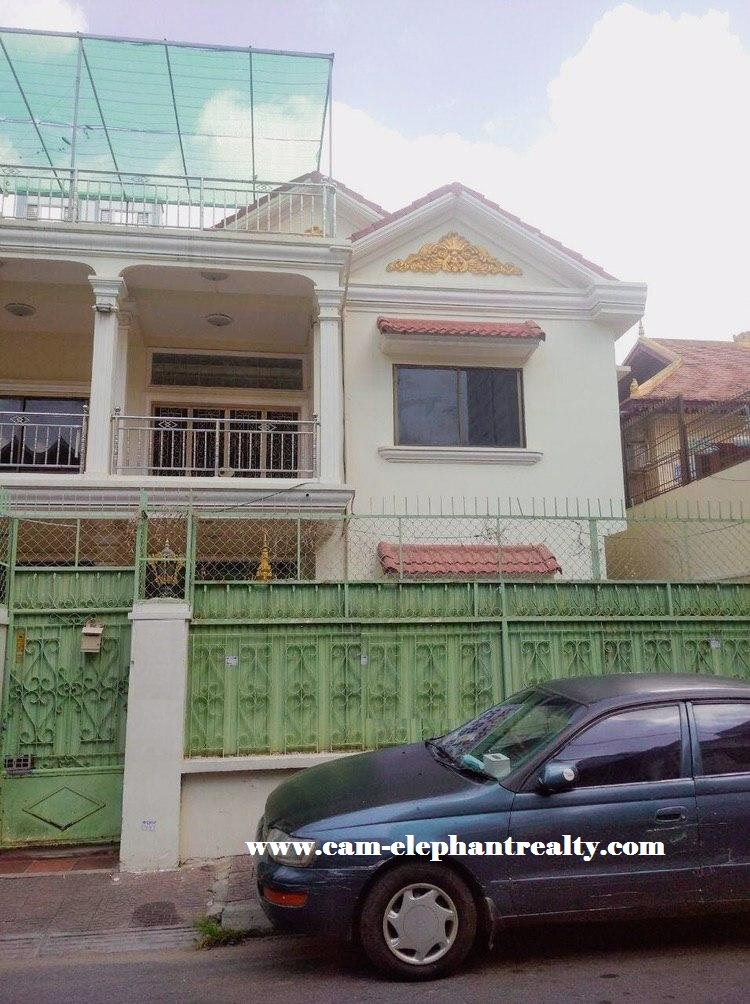 Villa for Rent at Orussey
