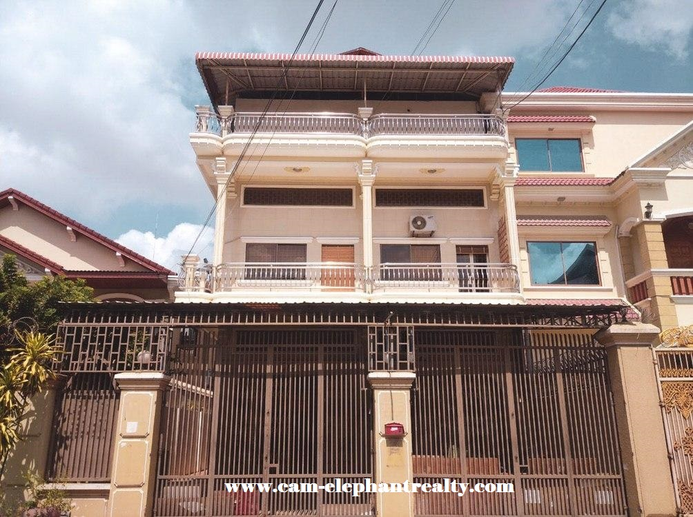 House for Rent at Toul Tom Pung