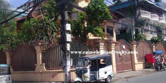 Villa for Rent BKK3
