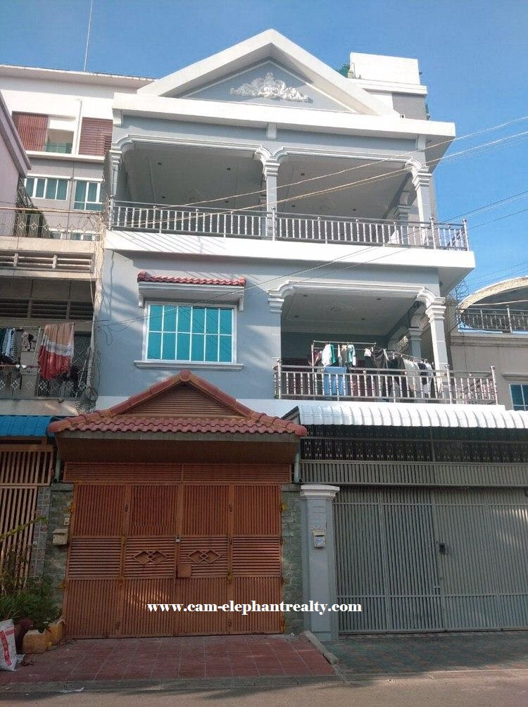 House for Rent at Toul Svay Prey