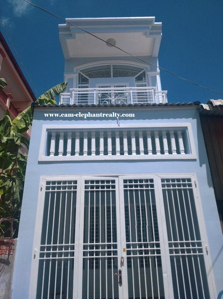 House for Rent 4 Bed at Boeung Tompun