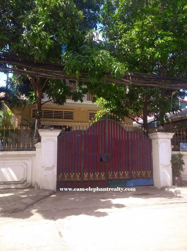 House for Rent at Boeung Tra Bek