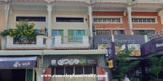 6Bed House for Rent at Toul Tompong