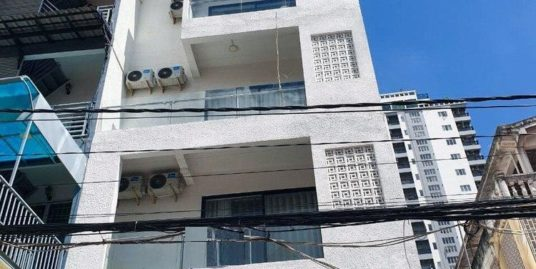 Building for Rent near Toul Tompong