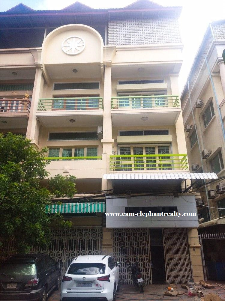 12 Bed House for Rent at Tomnob Tuek