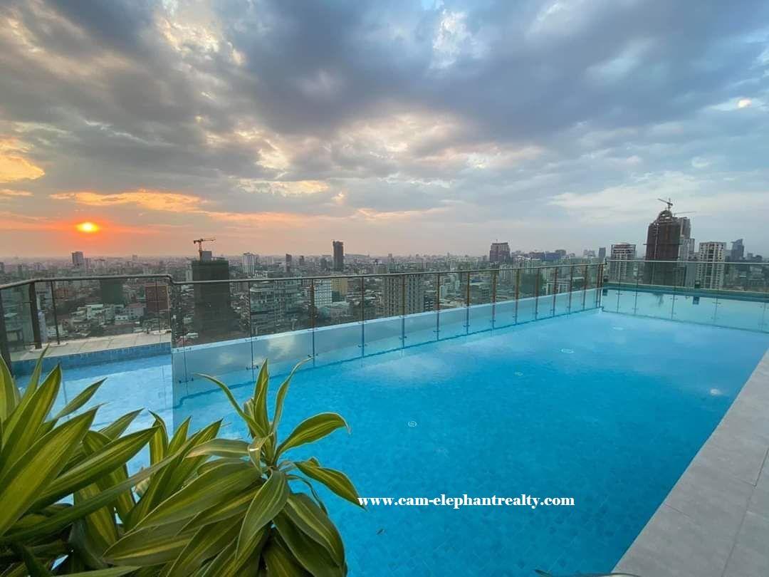 2 Bedroom Condominium for Rent in BKK1