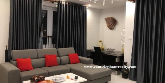 3 bedrooms Condo for Rent (Boeung Pralit)