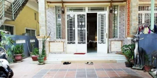 House for Rent (3 bed at TOUL TOMPONG)