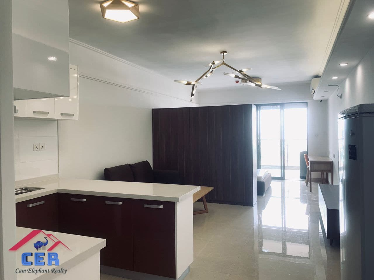 Western Condo for Rent (1Bedroom: Tonle Bassac area)