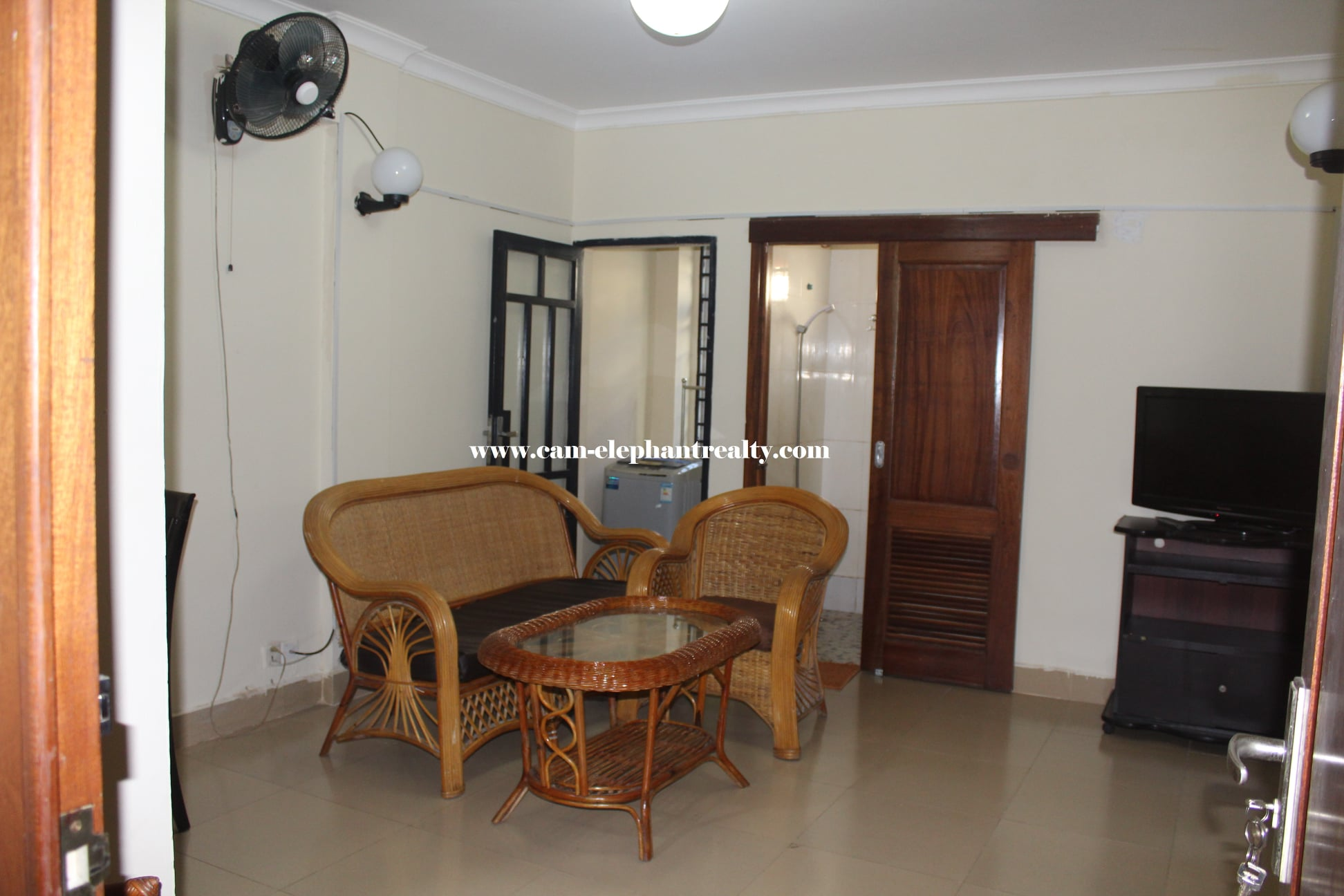 Apartment for Rent (2 Bedroom; Toul Tompong area)