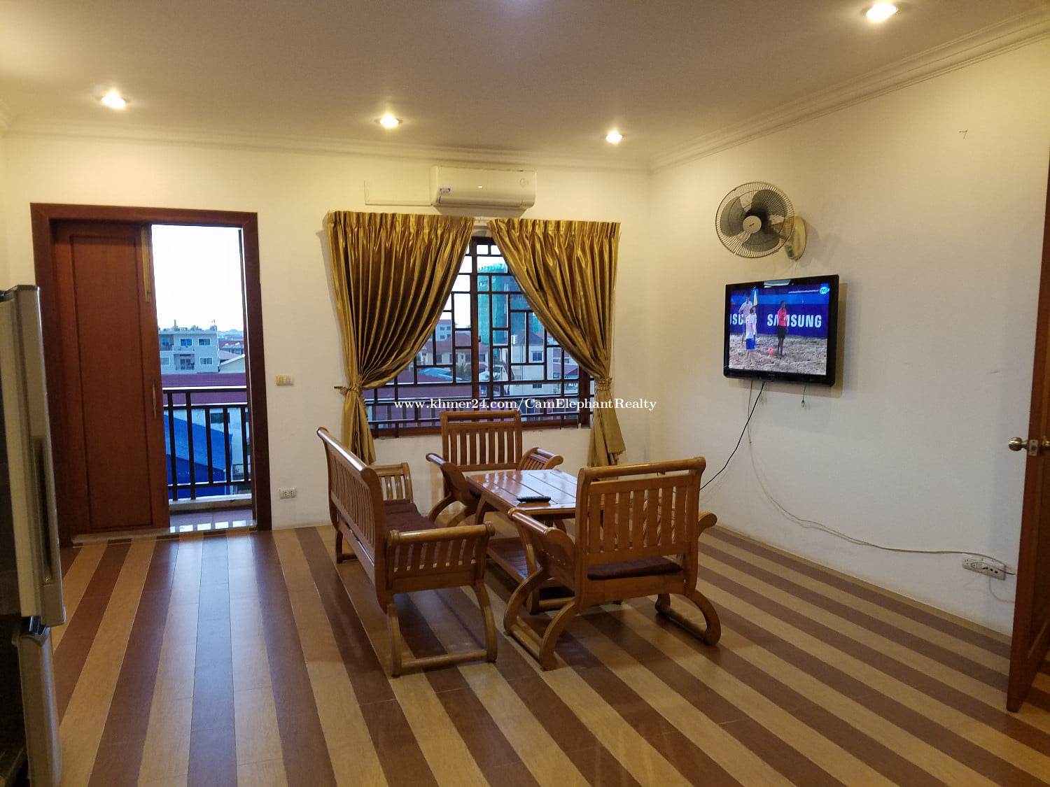 Western Apartment for Rent near Russian Market