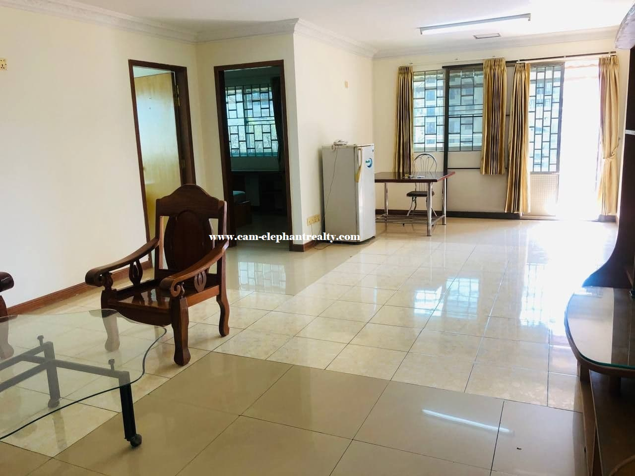 Apartment for Rent (2 Bedroom; Toul Svay Prey area)