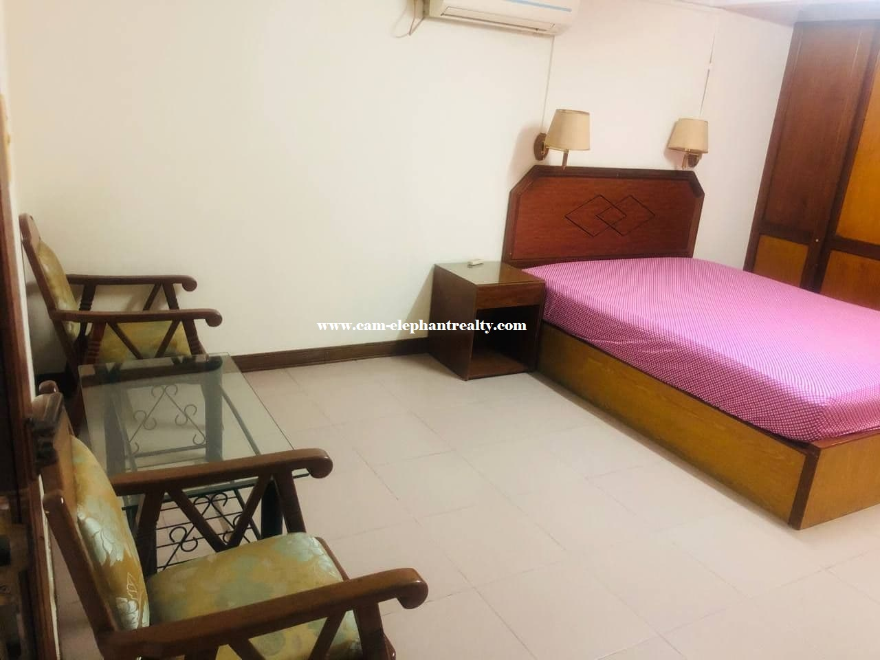 Apartment for Rent (1 Bedroom; Toul Svay Prey area)