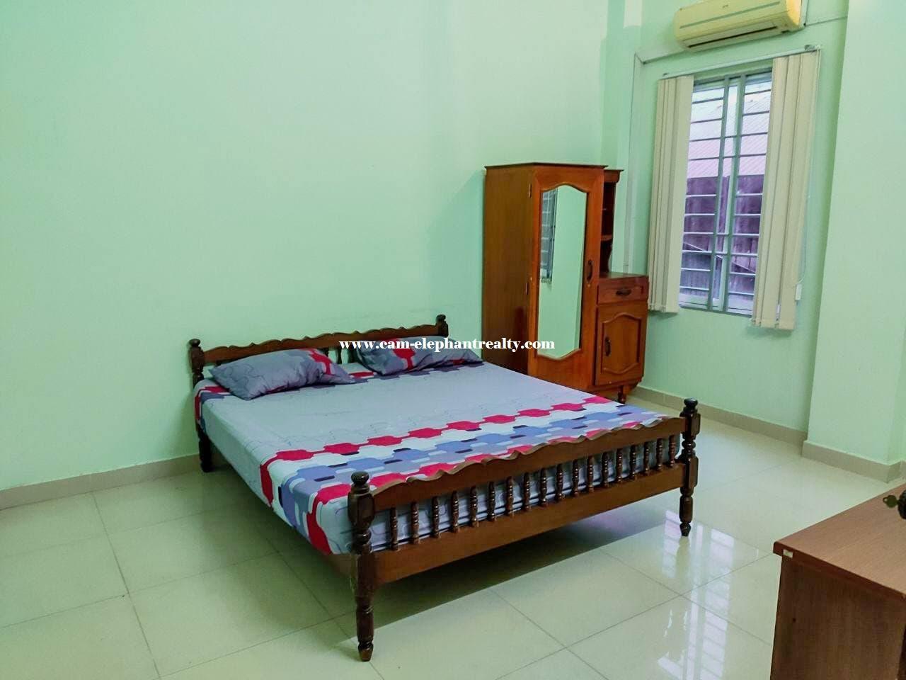 Apartment for Rent (3 Bedroom; Dau Penh area)